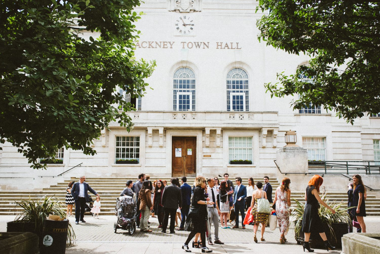 fun-relaxed-hackney-wedding-16
