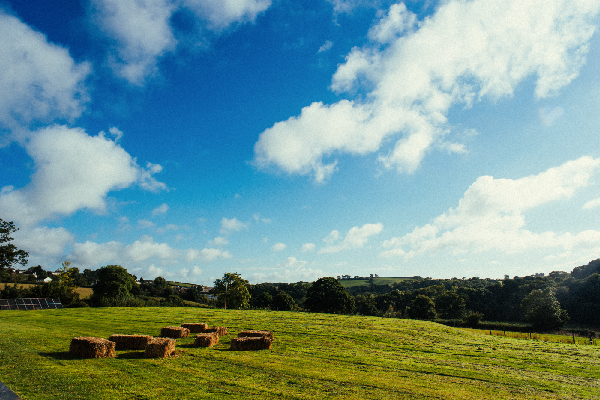 2-wedding-landscape-hay-bales